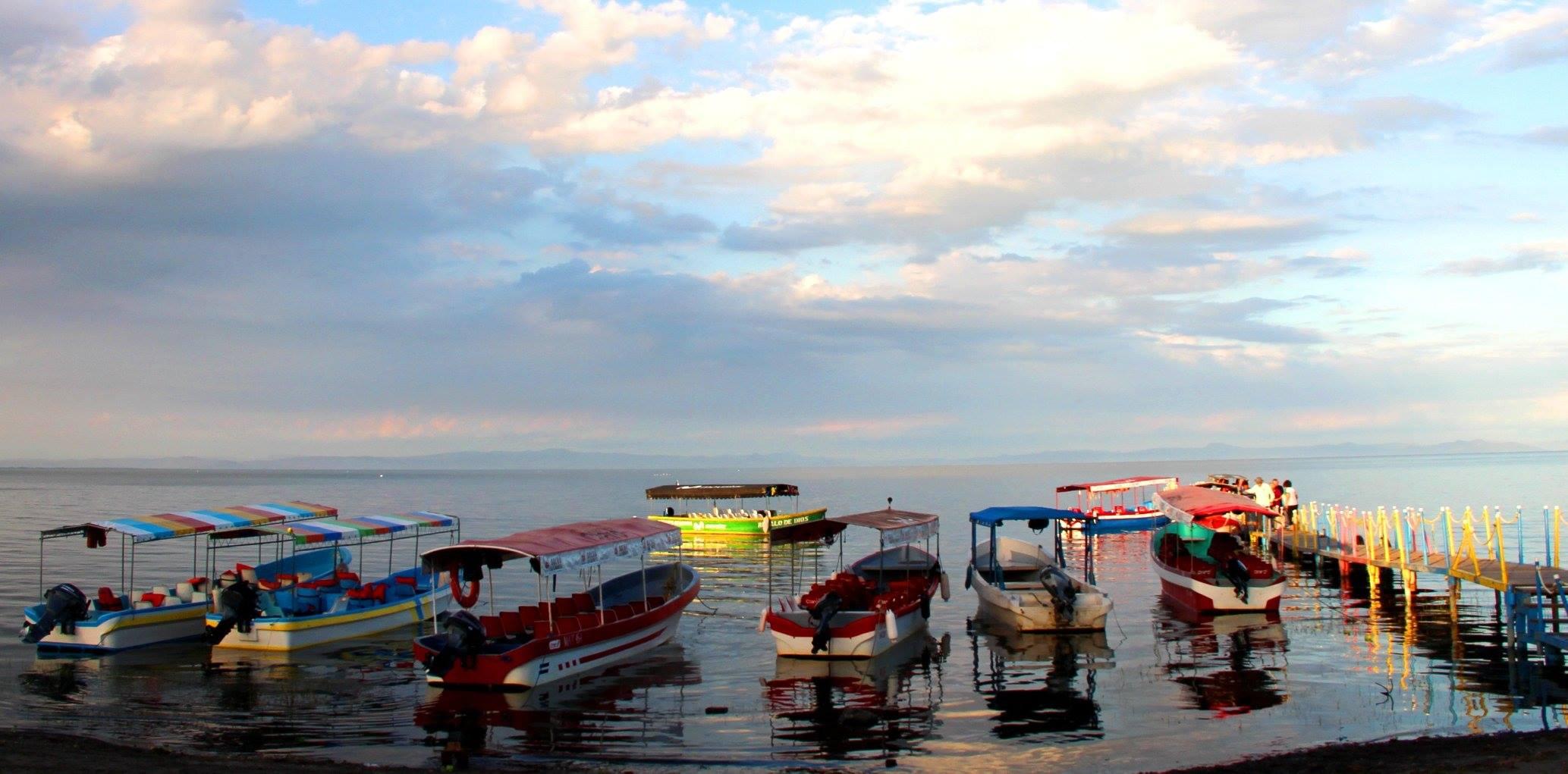 Lake of Nicaragua photo by Armando J. Cerrato